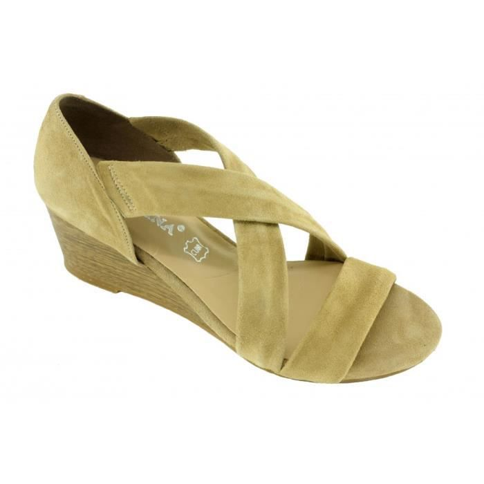 1cd7309d5b8bb6 Scarlette - Chaussures femme sandales souple et confortable talon compensé  marques Angelina cuir nubuck beige