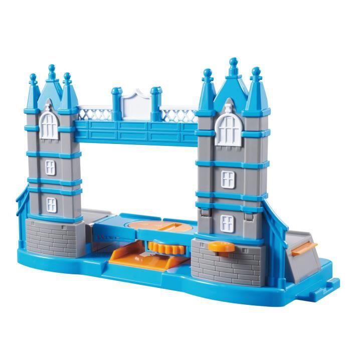 SUPER WINGS Tower Bridge Aire de Jeux - Avec la figurine Paul