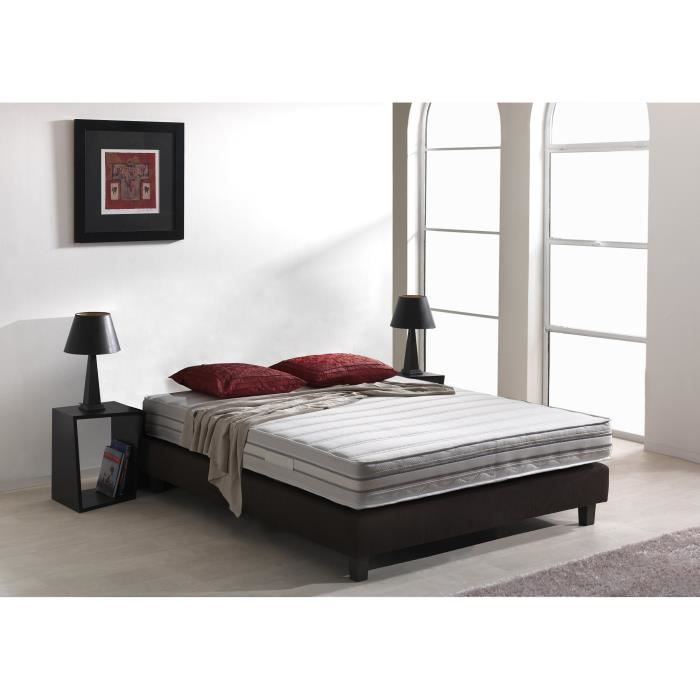 promos sur les matelas latex soldes 70 discount total. Black Bedroom Furniture Sets. Home Design Ideas
