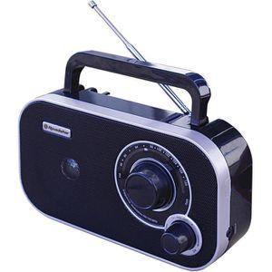 ROADSTAR TRA 2235 Radio Portable Fm Analogique - Prise Casque - Fonctionne Sur Piles/Secteur