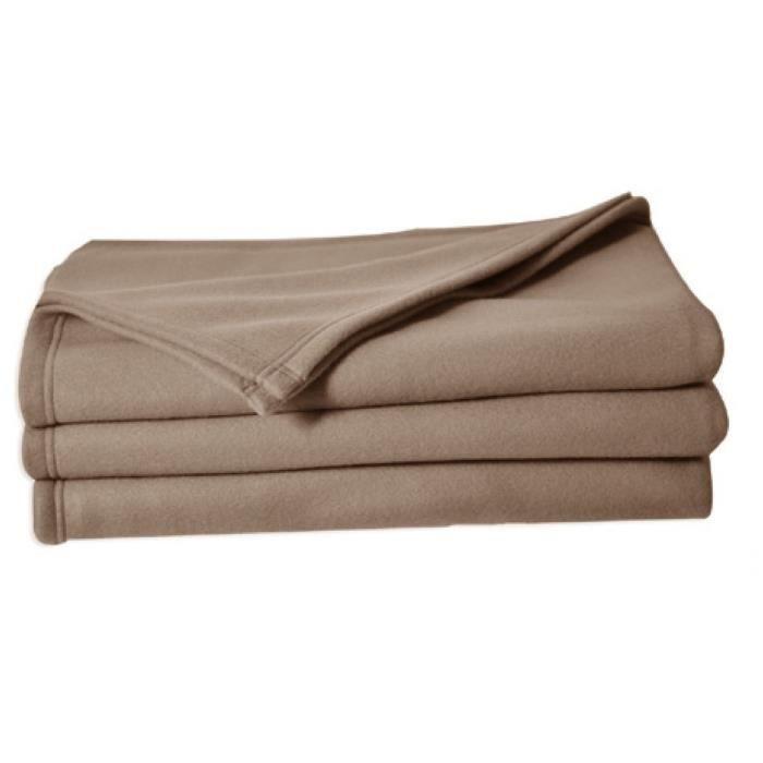 Matière : 100 % polyester - Grammage : 220gr/m² - Dimensions : 180x220 cm - Coloris : TaupeCOUVERTURE - EDREDON - PLAID