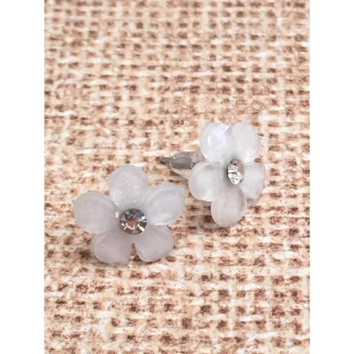 Womens White Flower Post Earrings ASSFH
