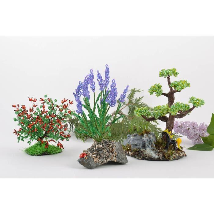 decor de rocaille trendy pierre et jardin de rocaille des ides de dcoration jardin des with. Black Bedroom Furniture Sets. Home Design Ideas