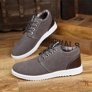 Sneakers Homme Nouvelle Meilleure Qualité Chaussure Confortable Durable Mode Classique Sneaker Beau Doux Antidérapant Simple 39-44 sxBTnGb