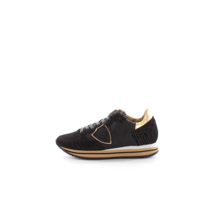 Chaussures De Sport Pour Les Femmes En Vente Dans La Prise, Blanc, Cuir, 2017, Modèle 39 Philippe