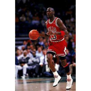 AFFICHE - POSTER Affiche photo Michael Jordan dribble (Dimensions :