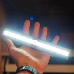 AMPOULE - LED 10 Bright LED PIR Détecteur de mouvement Cabinet A
