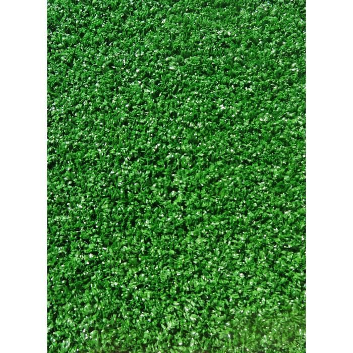 tapis gazon synthetique giarnido vert 200x400 par dezenco. Black Bedroom Furniture Sets. Home Design Ideas