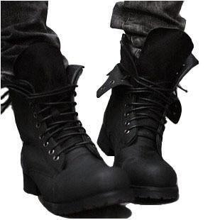 41 verges de bottes simples de noir en cuir verni chaussures hommes mode augmenté chaussures à fond épais version coréenne de bottes