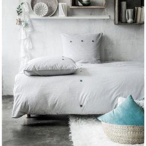 TODAY Parure de couette Oria 100% coton - 1 housse de couette 220x240 cm + 2 taies d'oreillers 63x63 cm bleu et blanc