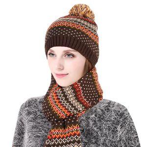 e146828544b BONNET - CAGOULE Ensemble bonnet et écharpe femme