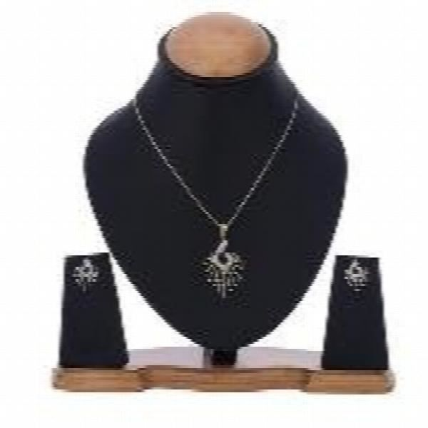 Femmes Peacock Desing américain diamant plaqué or Ensemble pendentif avec boucle doreille Pour -XHKS5