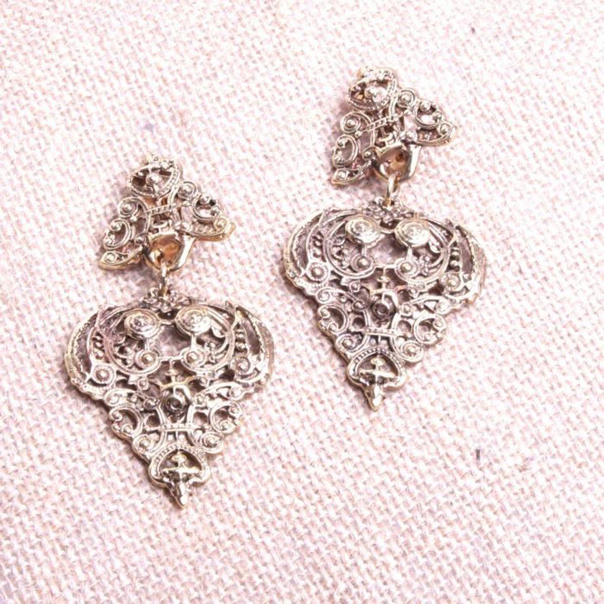 d747a524a32d5 Bijoux femmes boucles d oreilles Fantaisie prix mini à pince ciselé ...