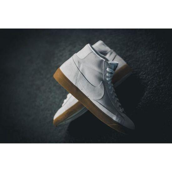 Baskets Nike Blazer MID PRM, Modèle 429988 103 Blanc.