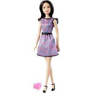 POUPÉE Barbie collection Friends : Léa avec jupe bicolore