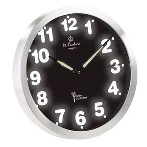 horloge murale radio pilot e quartz avec chiffres lumineux achat vente horloge cdiscount. Black Bedroom Furniture Sets. Home Design Ideas
