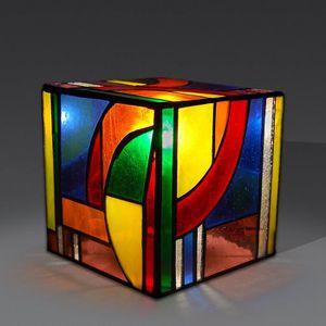Table de chevet tiffany achat vente table de chevet for Lampe de table de nuit