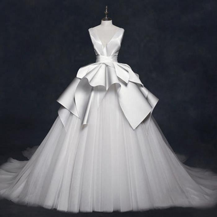 d970df35bca Robe de mariée Vintage Traîne avec Col en V Dos Nu Sans Manches Ruban de  satin et Jupe Multicouche(32-46)-Blanc