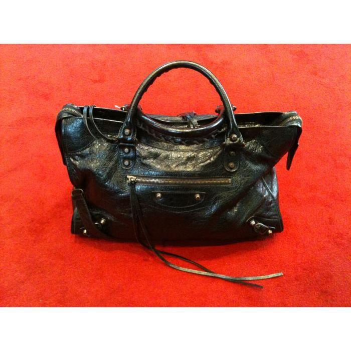 86e493bf92dd Sac Balenciaga en cuir noir porté main ou épaule - Achat   Vente Sac ...