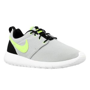 BASKET Chaussures Nike Roshe One GS