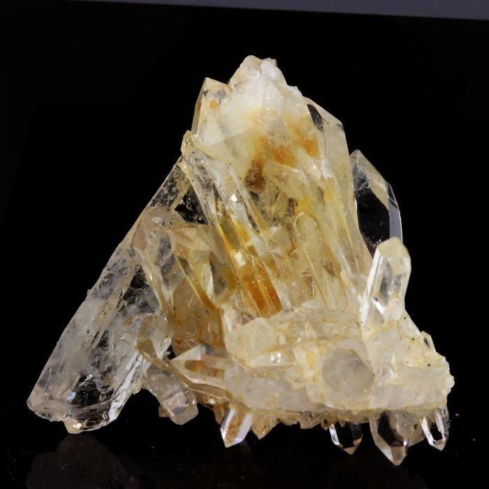 Pierre-Quartz  cristal de roche  et Siderite. 82.4 ct. Le Trou des Chasseurs, Vizille, Isère, France