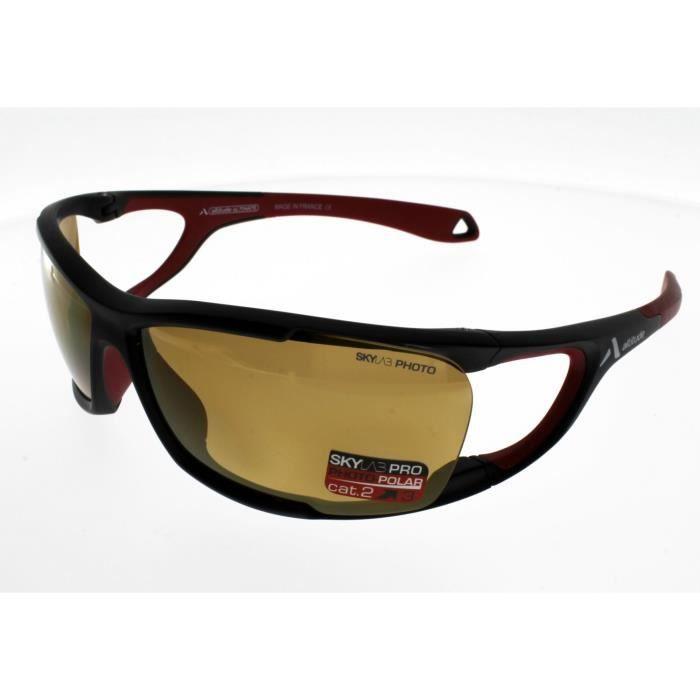 ALTITUDE Modèle ULTIMATE Noir Rouge : ultra légère ,enveloppante et ventilée Mixte Polarisé Photochromique Indice 2 à 3 la