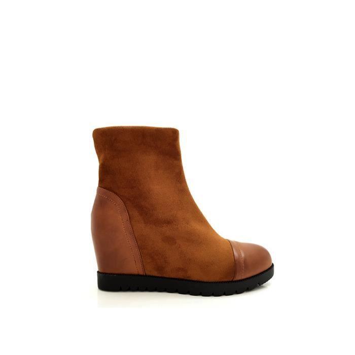 CHIC NANA . Chaussure femme bottine compensée bi-matière, effet suédine, dotée d'un bout rond en PU.