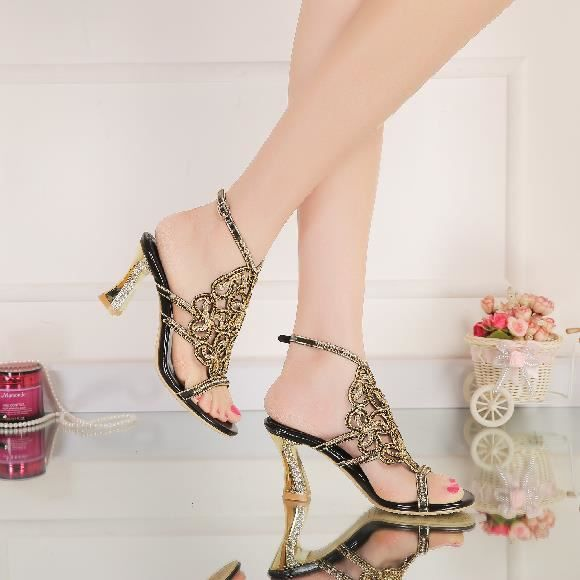 Nouveau fleur noire bohême strass cloutés sangle cheville épais talons chunky sandales chaussures de mariage mariée