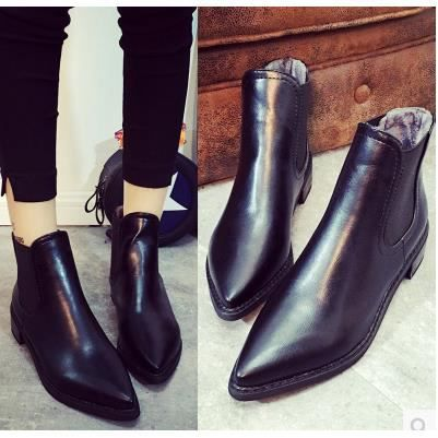Les nouvelles bottes de chaussures de rivet épais avec des bottes Martin ainsi que des bottes de velours, noir 37