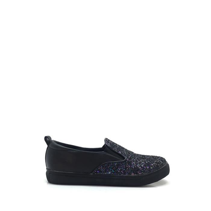 CHIC NANA . Chaussure Mode Basket Slip-on femme en PU, bout rond, strass brillant sur le devant en couleur Noir