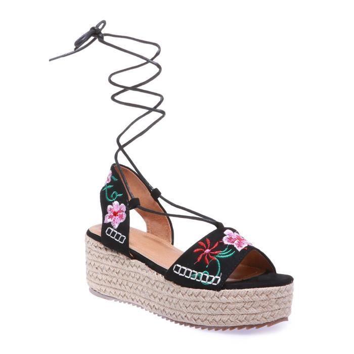 styles de mode profitez de la livraison gratuite les mieux notés dernier La Modeuse - Sandales à plateformes légèrement compensées ...