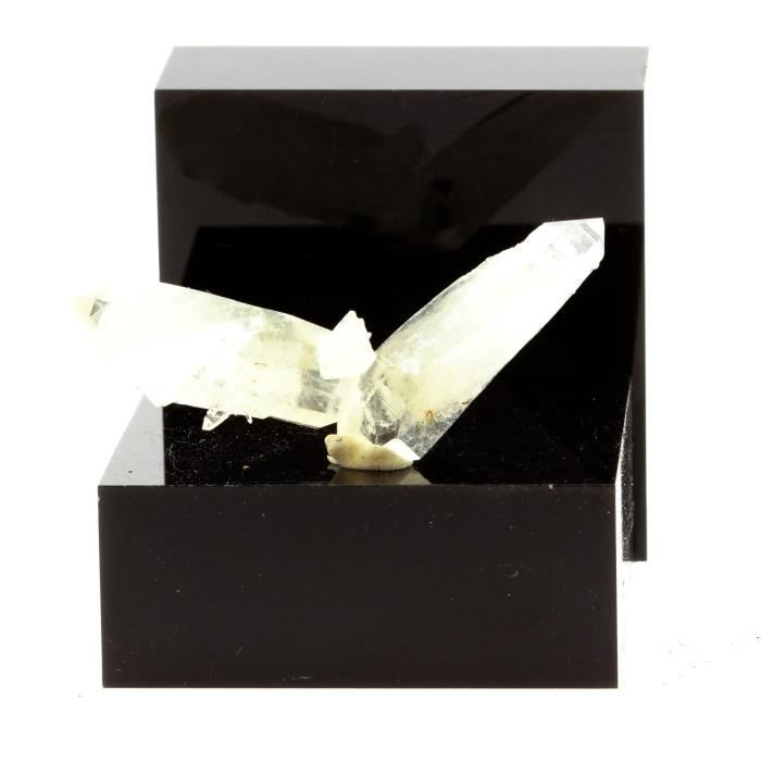 Pierre-Quartz  cristal de roche . 47.7 ct. Le Trou des Chasseurs, Vizille, Isère, France