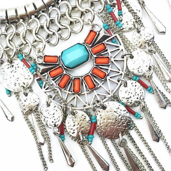 Collier Ethnique avec turquoises