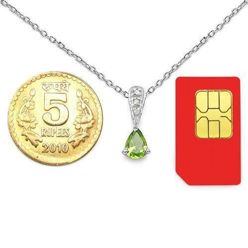 Les femmes de 0.77ctw véritable Peridot et blanc diamant 0,925 pendentif en argent sterling GQBDD