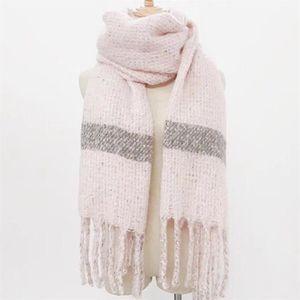 ECHARPE - FOULARD grand foulard épais et chaud écharpe rose cachemir c1d3c54957d