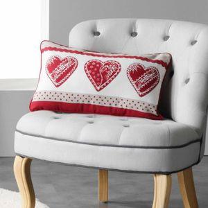 coussin deco montagne achat vente coussin deco montagne pas cher soldes d s le 10 janvier. Black Bedroom Furniture Sets. Home Design Ideas