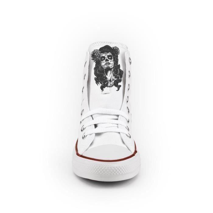 Converse All Star Personnalisé, Imprimés et Clouté argent- chaussures à la main - produit Italien - skull