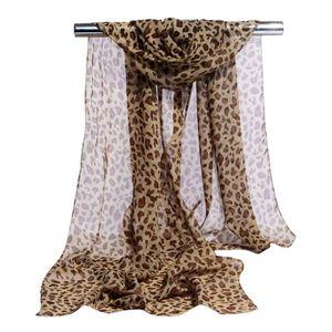 ECHARPE - FOULARD Foulards en mousseline de soie Animal imprimé léop e5cd3af130b