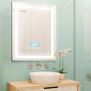 Ce meuble de salle de bain vintage, y compris un miroir encadré en ...