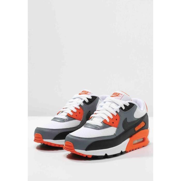 e734d9cee632 Baskets basses Nike Sportswear .AIR MAX 90 ESSENTIAL .noir.blanc ...