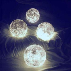 LAMPE A POSER Lampe LED Night Light Creative lune à distance