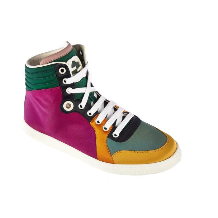 Chaussures baskets sneakers hautes femme Gucci