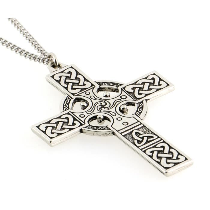 t à la main Celtique Croix Triquetra détaillée …