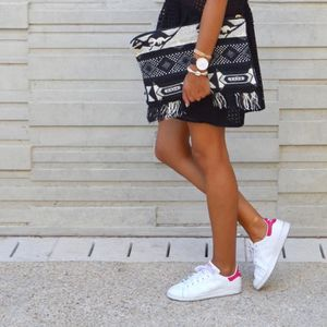 BASKET Baskets Adidas Stan Smith blanches et rose