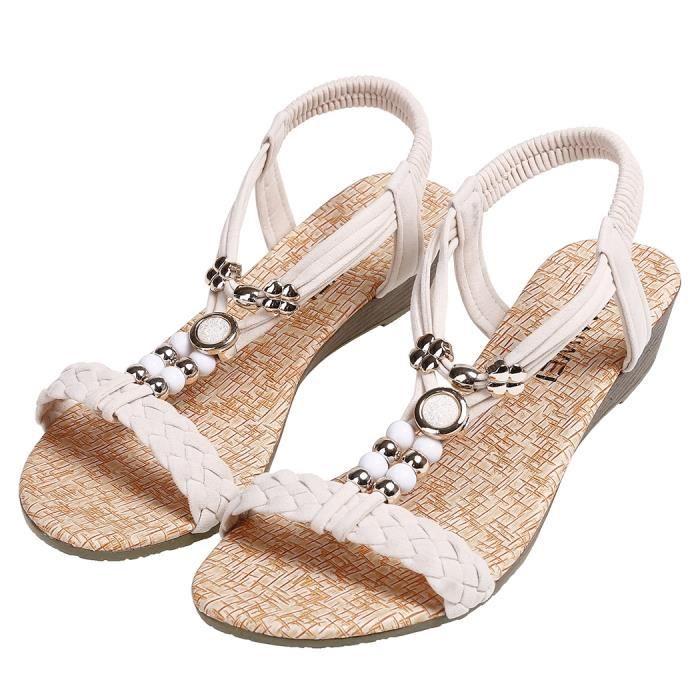 Sandales de plage à bout rond perlées