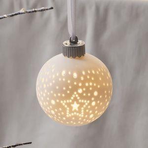 6 boules de no l lumineuses led blanc chaud piles achat vente boule de no l cdiscount. Black Bedroom Furniture Sets. Home Design Ideas