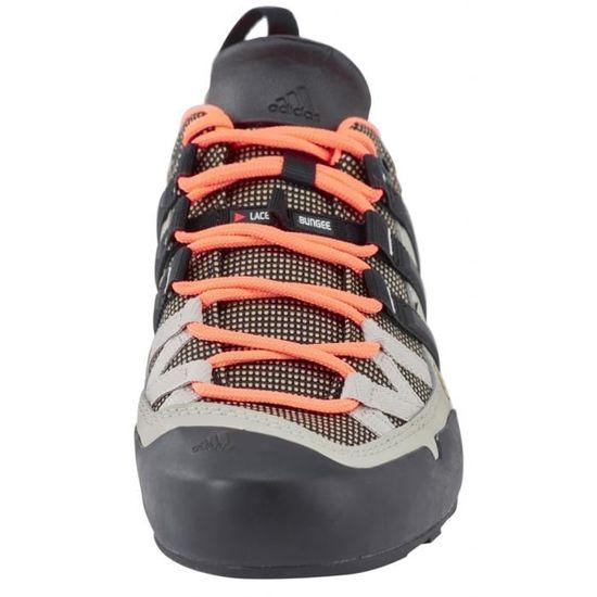 more photos a2b19 099a0 Adidas Terrex Solo - Chaussures d approche Femme - beige noir - Prix pas  cher - Cdiscount