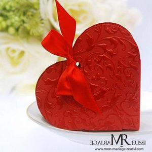 BOÎTE À DRAGÉES Lot de 10 pcs boite dragéees coeur rouge avec ruba