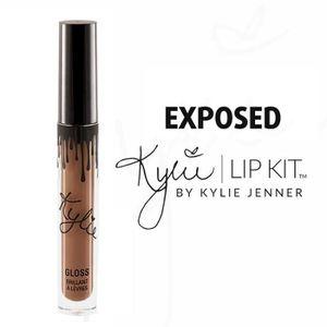 ROUGE A LÈVRES Lipstick et lip Kylie Jenner