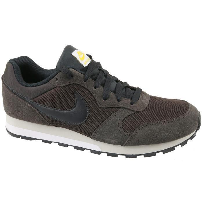 Nike MD Runner 2 749794-202 Homme Baskets Marron